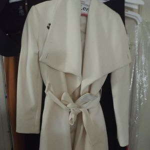 Very nice coat in great condition